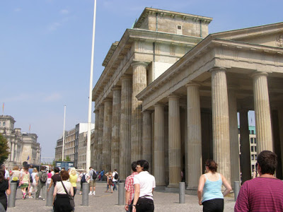 Porta di brandeburgo berlino 4 viaggi verde acido - Berlino porta di brandeburgo ...