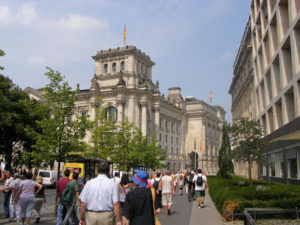 Porta di brandeburgo berlino 6 viaggi verde acido - Berlino porta di brandeburgo ...
