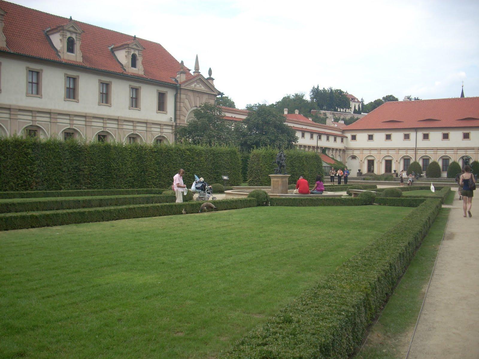Giardini di palazzo wallenstein praga viaggi verde acido - I giardini di palazzo rucellai ...