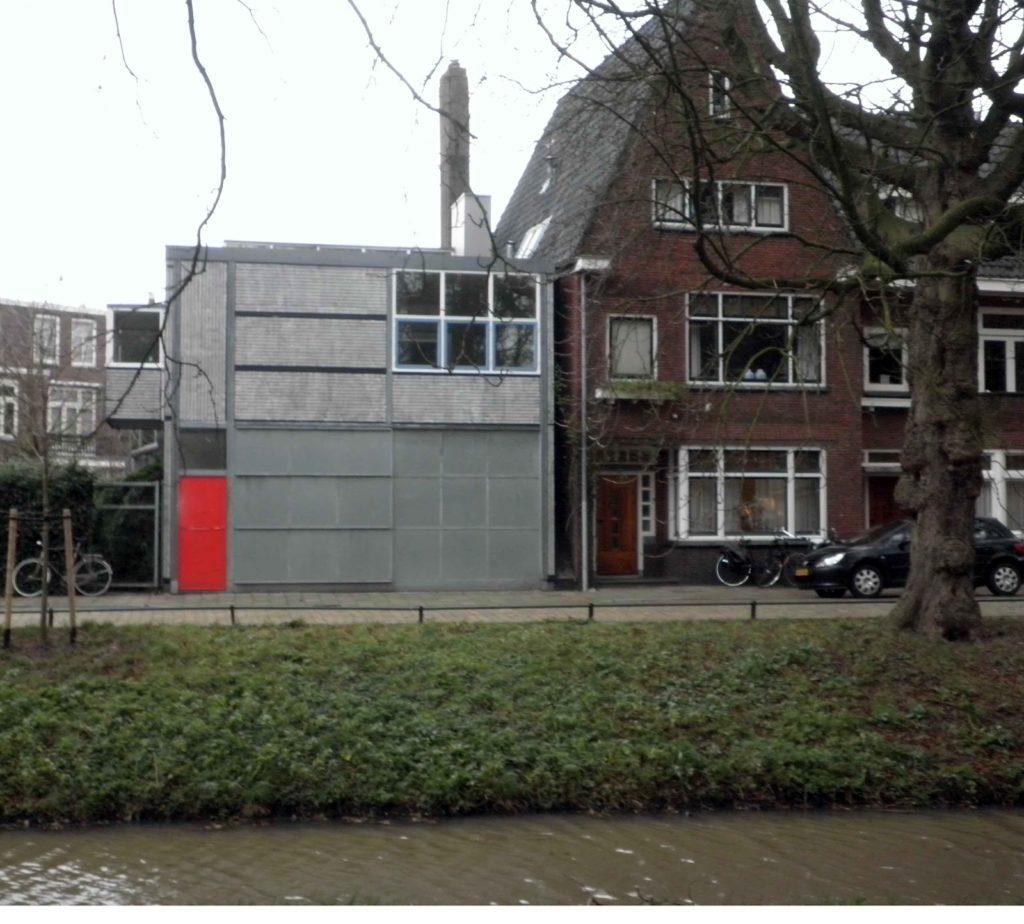 Rietveld a utrecht garage e casa dell 39 autista viaggi for Garage significato