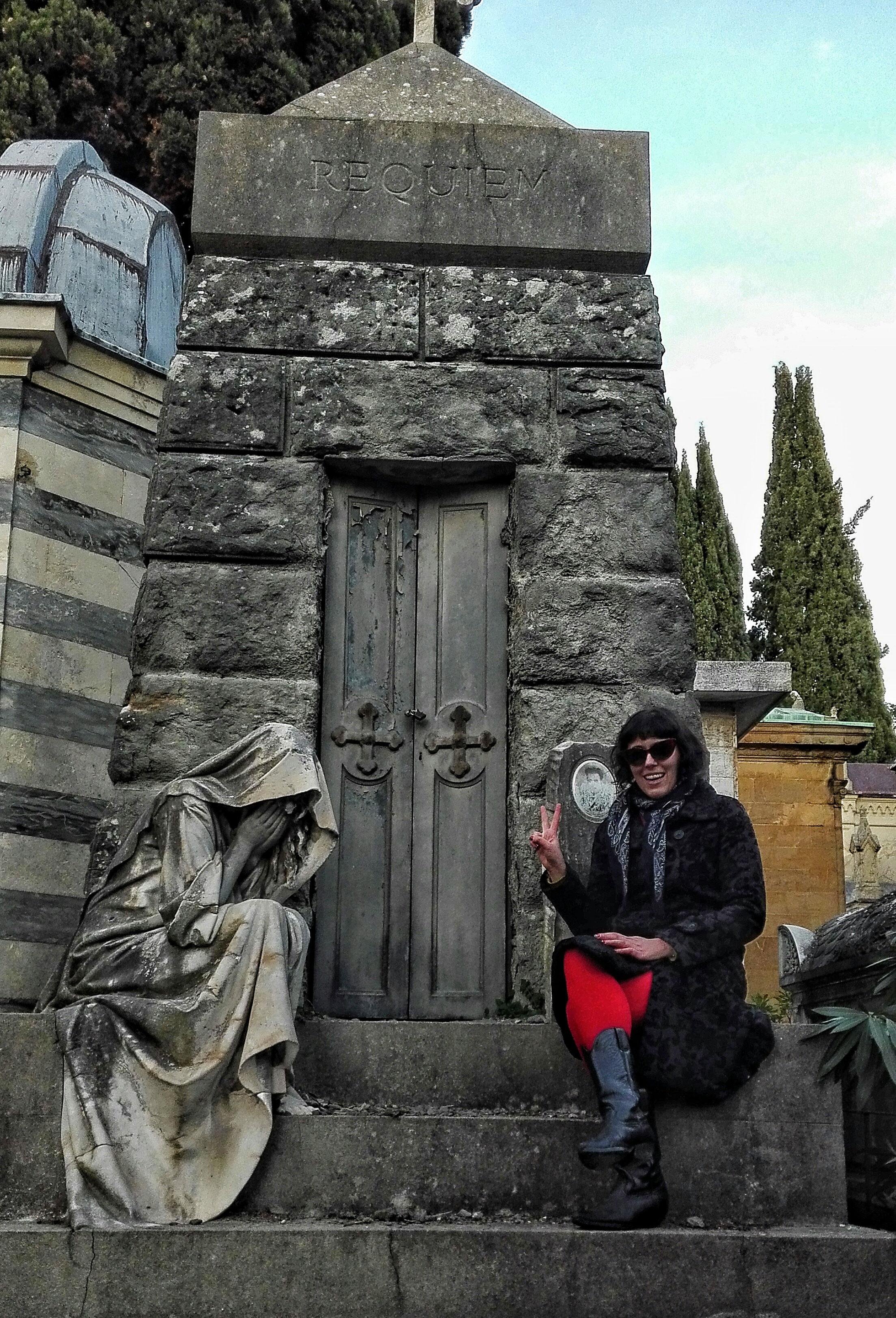Firenze cimitero porte sante viaggi verde acido for Garage significato