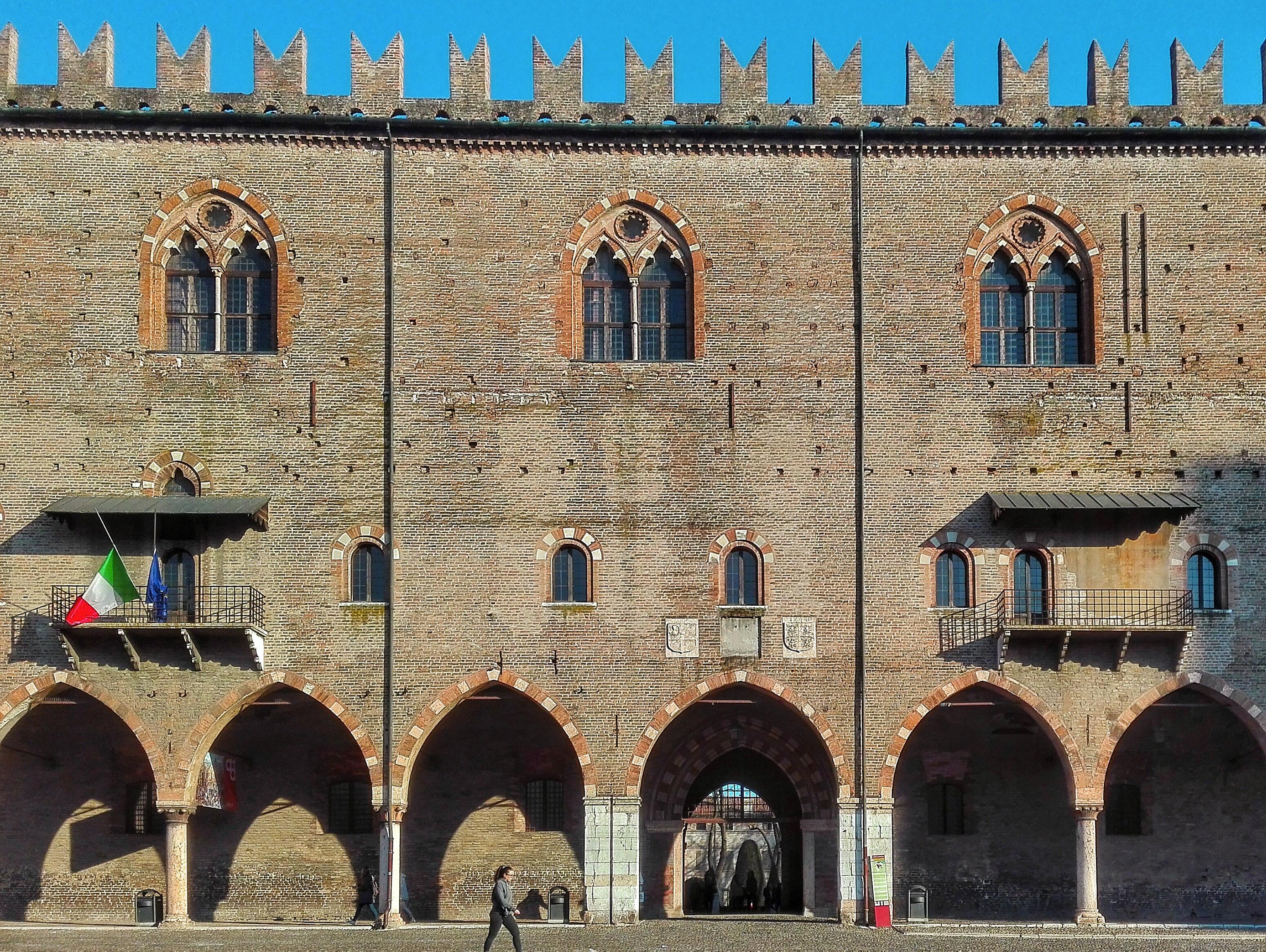 Mantova visitare palazzo ducale e la camera degli sposi for Gonzaga arredi