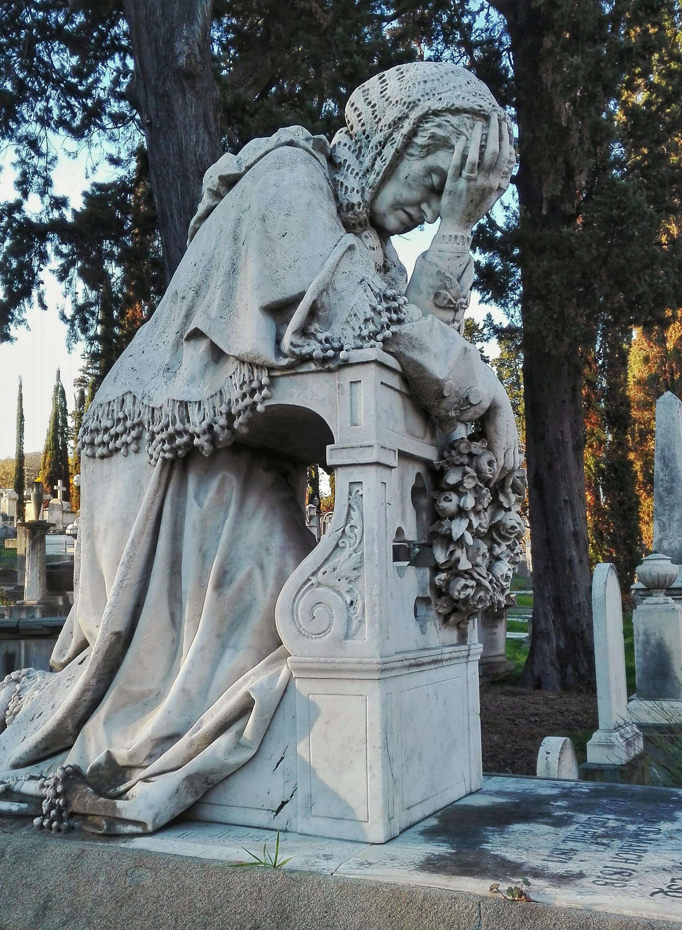 Il cimitero degli Inglesi a Firenze. L'isola dei morti