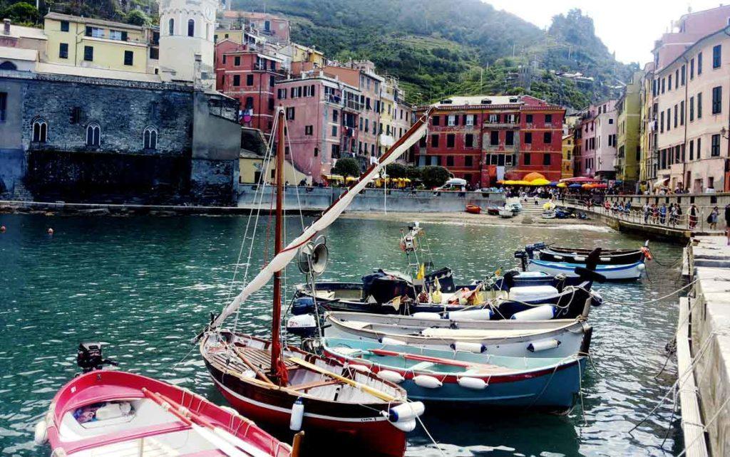 cinque terre in barca