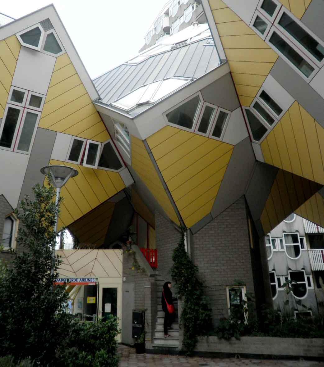 Rotterdam un itinerario a piedi di architettura for Architettura moderna case