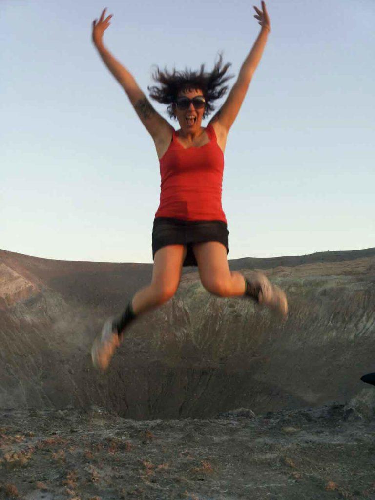 vulcano eolie scalata cratere