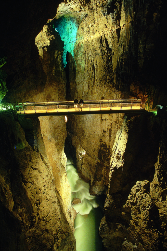 grotte di san canziano