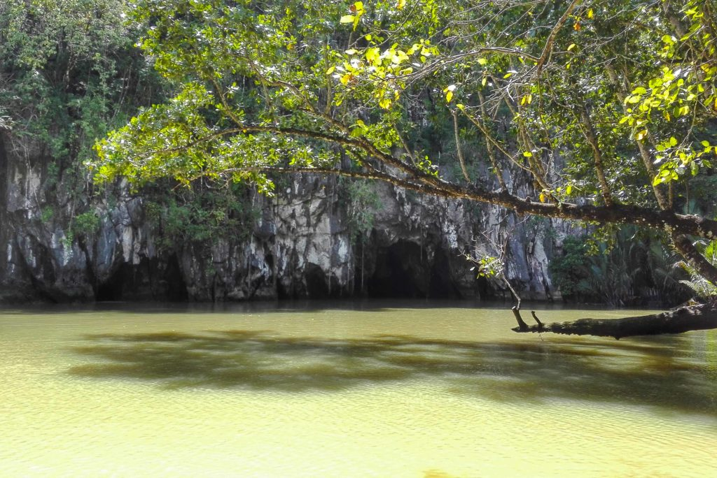 fiume sotterraneo palawan