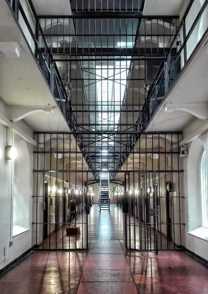 interno della prigione di crumlin road gaol