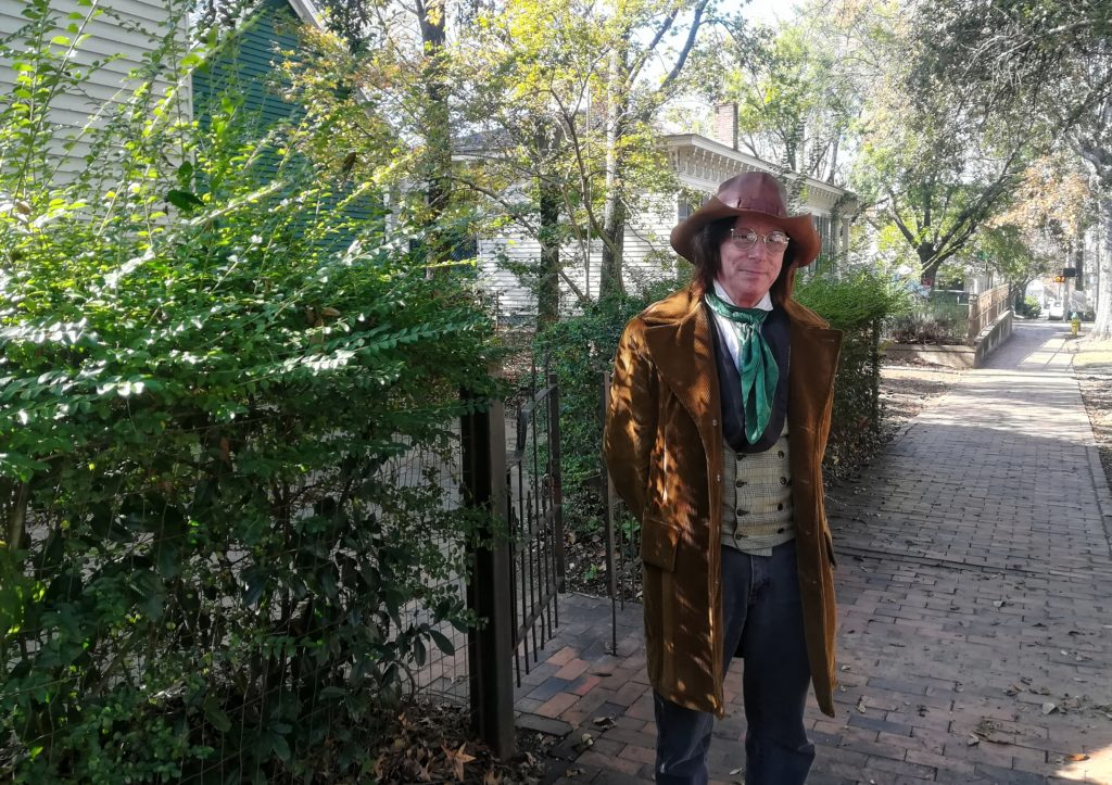 personaggio in costume all'old alabama town di montgomery
